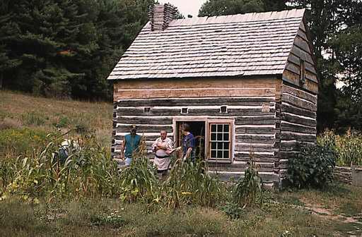 seneca_log_house.jpg